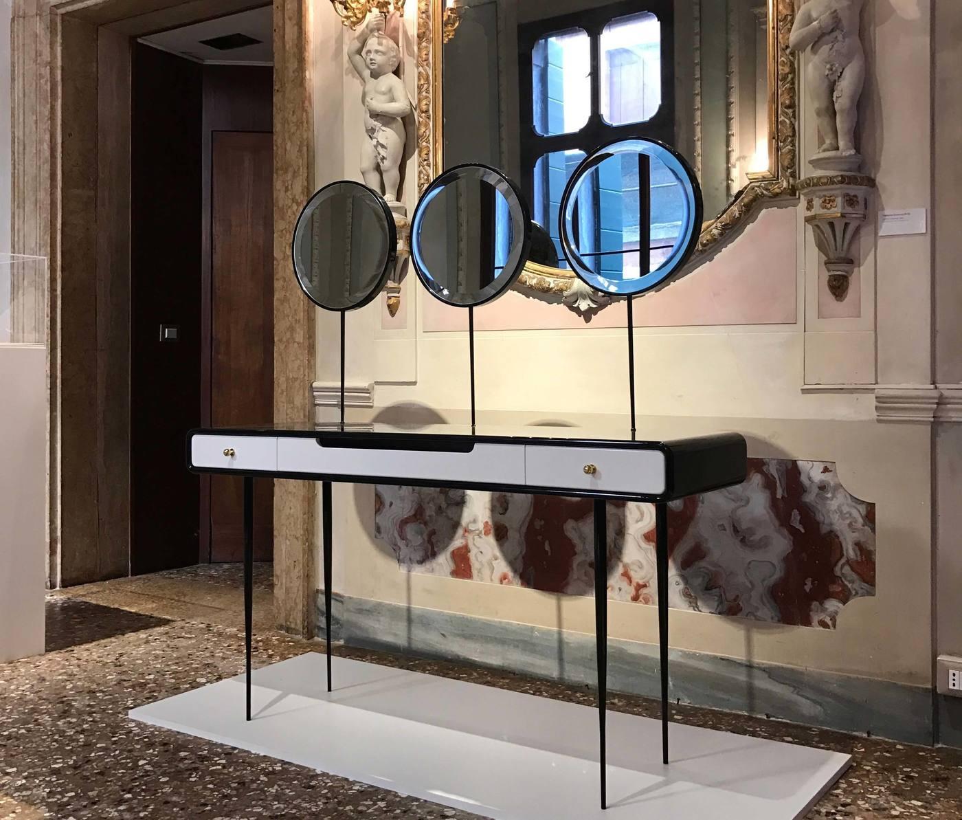 The Alien 3.0 vanity desk by Ekaterina Elizarova shot  in Venetian interiors.