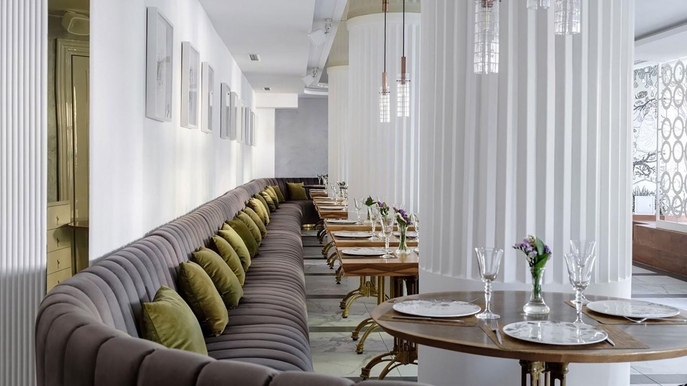 White Columns in Interior Design - Elizarova Design Studio